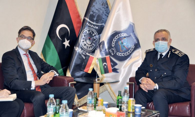 Photo of رئيس جهاز مكافحة الهجرة غير الشرعية يستقبل سفير ألمانيا لدى ليبيا