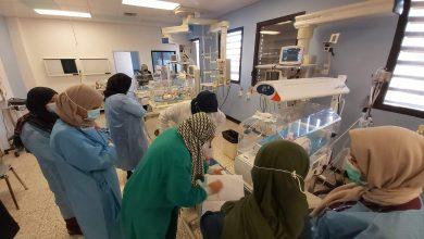 Photo of قسم حديثي الولادة بمركز بنغازي الطبي عمل متواصل رغم نقص التمريض وزيادة عدد الأطفال