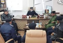 Photo of إجراء مراسم التسليم والاستلام بين مُدير أمن اجدابيا السابق والجديد