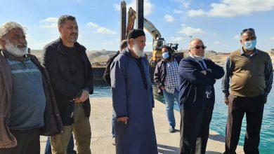 Photo of بلدي الزاوية يبحث صيانة مرفأ (ديلة) للصيد البحري