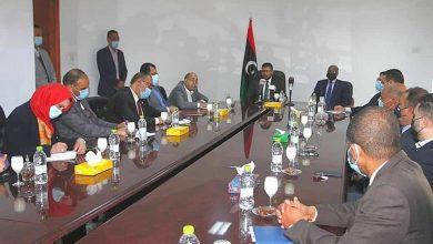 Photo of وزير الاقتصاد والصناعة يدشن منظومة السجل التجاري الإلكترونية