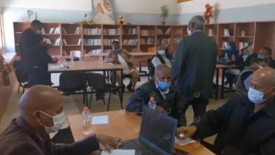 Photo of ورشة عمل عن إعداد التقارير الإدارية لرؤساء وموظفي مراقبة التعليم بنت بية