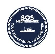 Photo of إيطاليا تسمح لسفينة (أوشن فايكينج) بإنزال (422) مهاجرا في ميناء (صقلية)