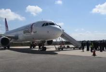 Photo of وصول طائرة شركة برنيق للطيران قادمة من مطار طبرق المدني