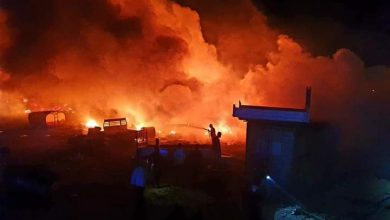 Photo of اندلاع حريق في كمية من الإطارات المستعملة  بمنطقة صناعية عند المدخل الغربي لمدينة زوارة