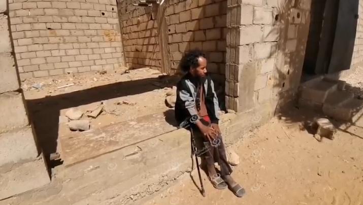 Photo of شاب معاق يحاول إعانة أسرته على الظروف الصعبة في محلة التناحمة